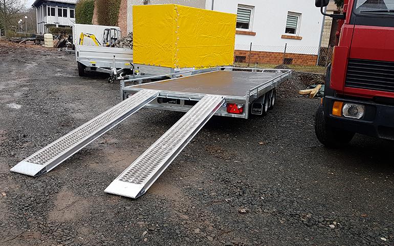autotransport anh nger mieten 3500kg wall baumaschinen. Black Bedroom Furniture Sets. Home Design Ideas